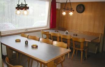 Altes Sääli für maximal 22 Personen